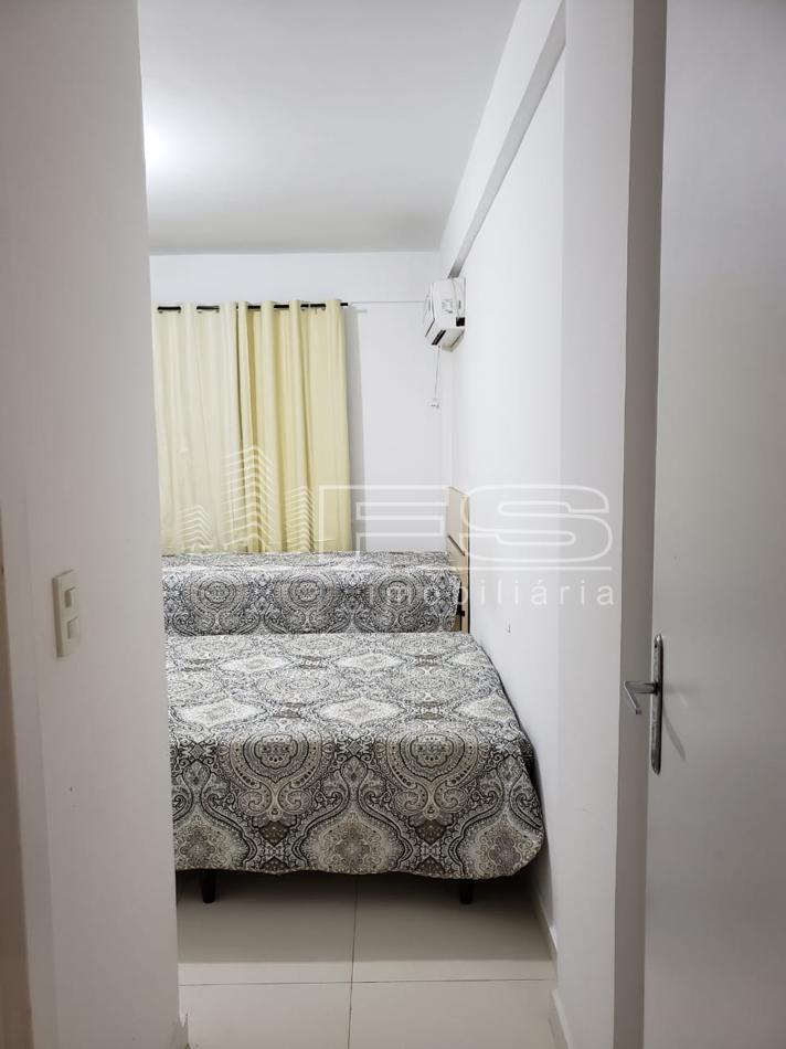Apartamento com 3 Dormitórios à venda, 158 m² por R$ 380.000,00
