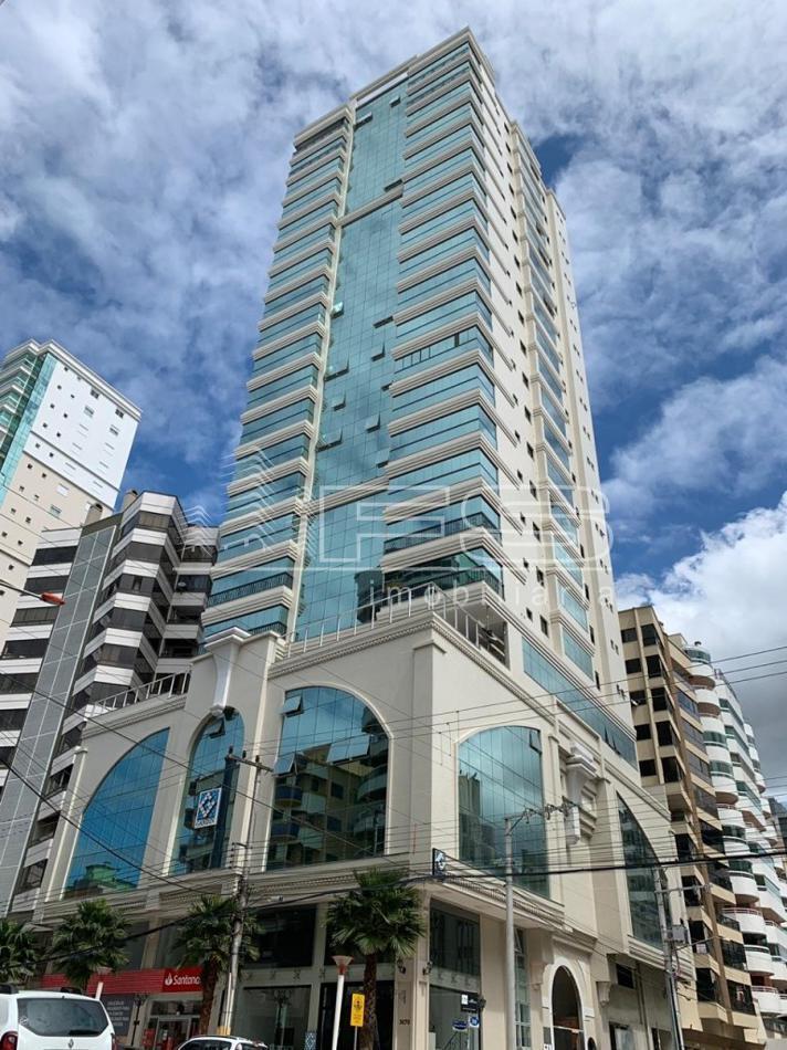 Apartamento com 4 Dormitórios à venda, 187 m² por R$ 2.500.000,00