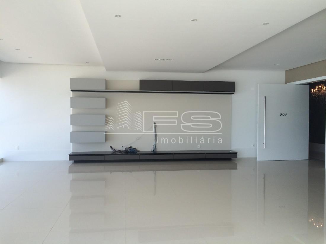 Apartamento com 4 Dormitórios à venda, 411 m² por R$ 6.700.000,00