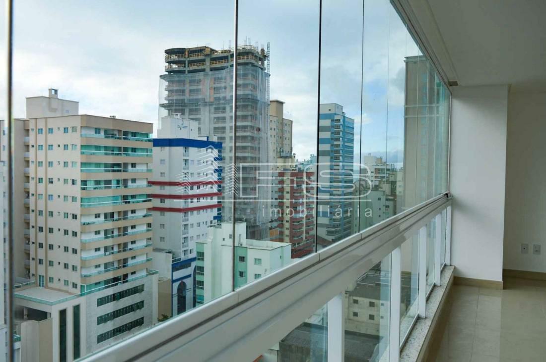 Apartamento com 4 Dormitórios à venda, 234 m² por R$ 1.550.000,00