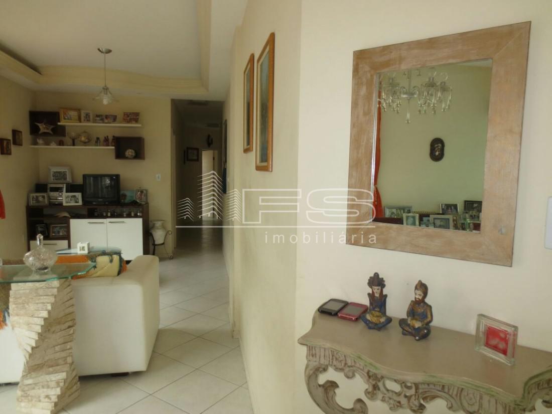 Apartamento com 3 Dormitórios à venda, 124 m² por R$ 580.000,00
