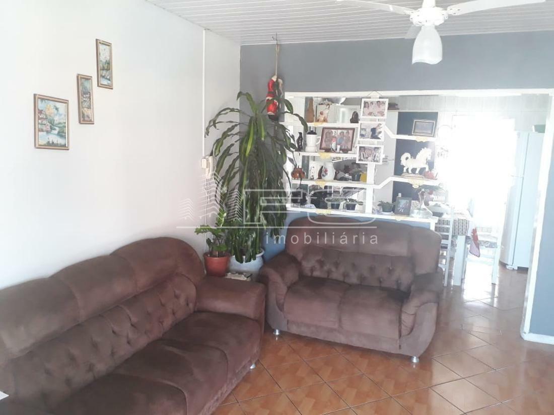 Casa com 4 Dormitórios à venda,  por R$ 795.000,00
