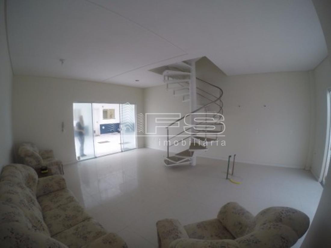 Casa com 3 Dormitórios à venda, 119 m² por R$ 600.000,00