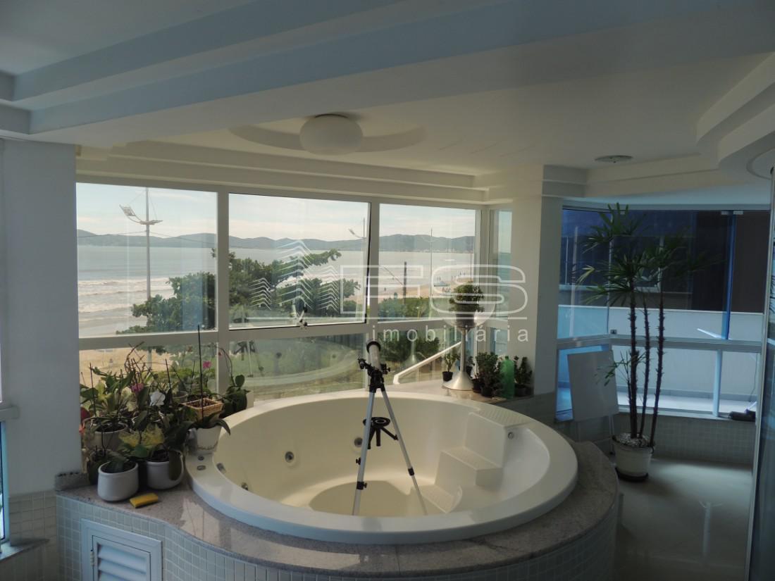 Apartamento com 4 Dormitórios à venda, 258 m² por R$ 2.750.000,00