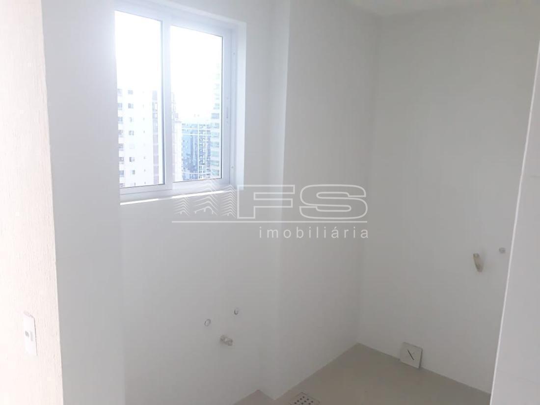 Apartamento com 4 Dormitórios à venda, 182 m² por R$ 1.700.000,00