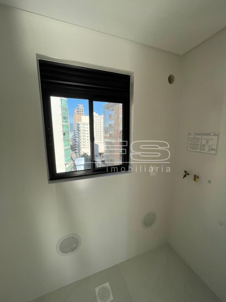 Apartamento com 3 Dormitórios à venda, 125 m² por R$ 907.795,00