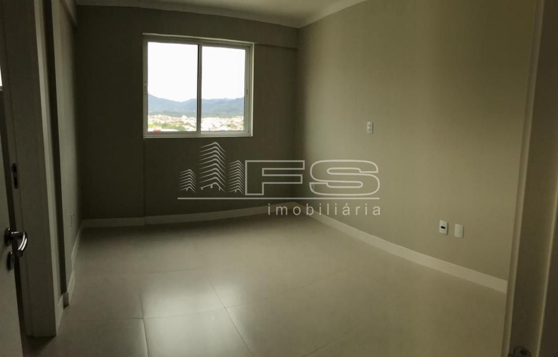 Apartamento com 4 Dormitórios à venda, 174 m² por R$ 1.260.000,00