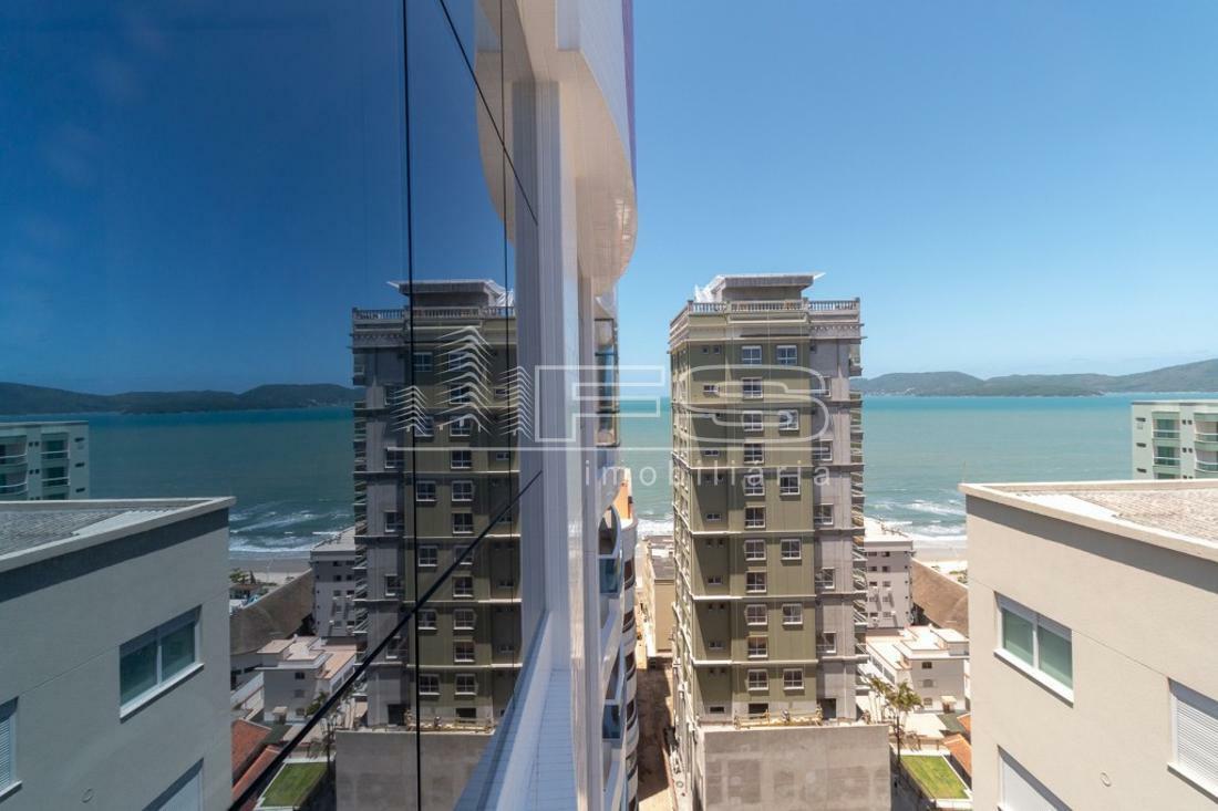 Apartamento com 4 Dormitórios à venda, 259 m² por R$ 2.700.000,00