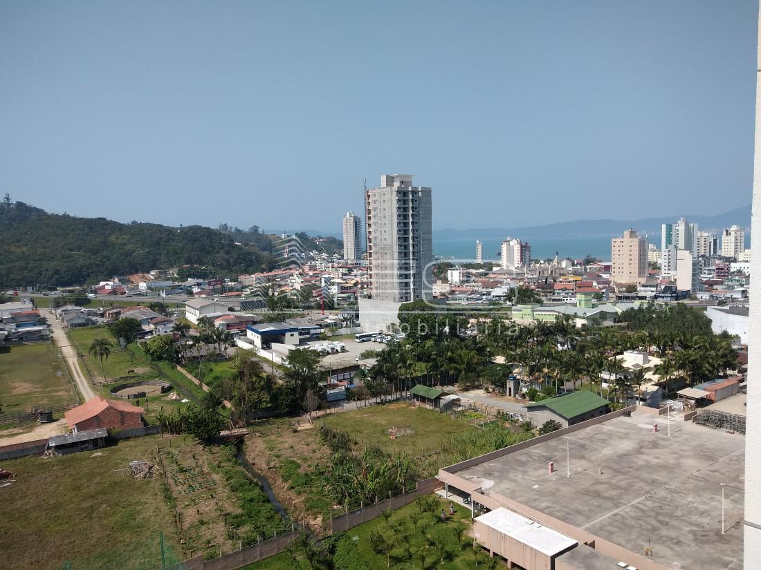 Apartamento com 2 Dormitórios à venda, 59 m² por R$ 315.000,00