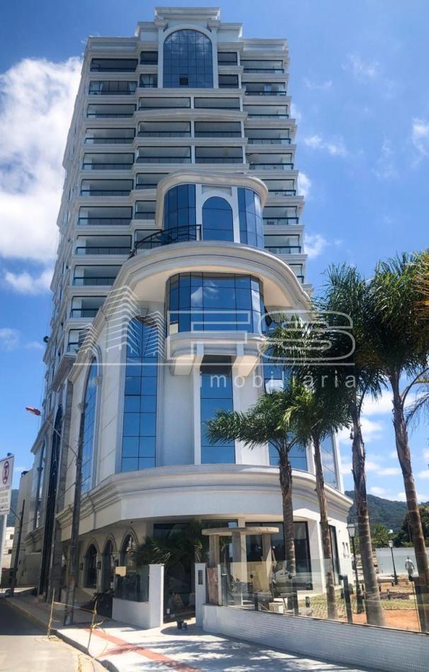 Infinity Residence Club - 4 Suítes - Frente Mar. Imóveis