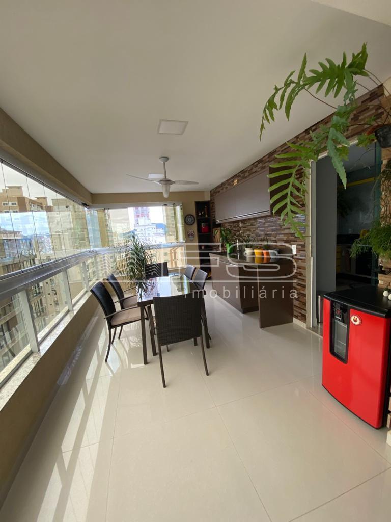 Apartamento com 4 Dormitórios à venda, 187 m² por R$ 1.840.000,00