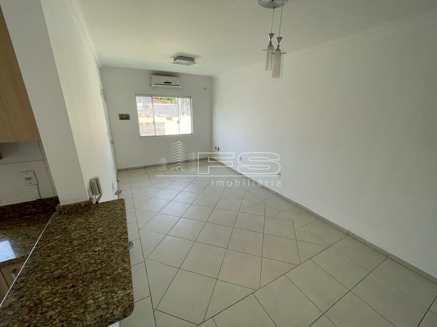 Casa com 3 Dormitórios à venda, 144 m² por R$ 590.000,00