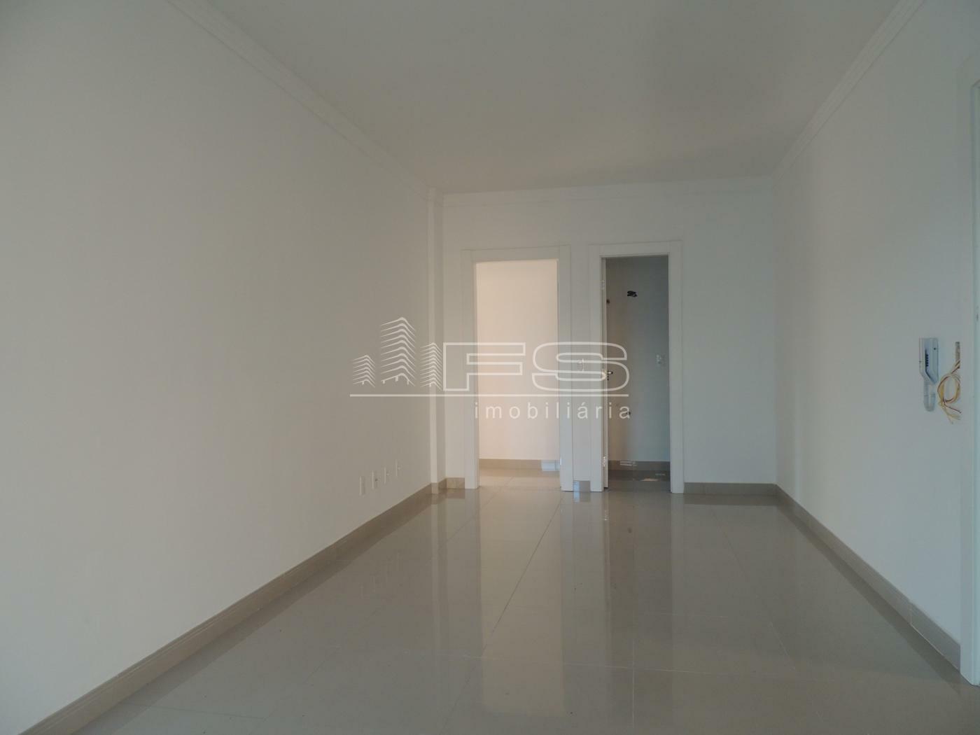 Apartamento com 3 Dormitórios à venda,  por R$ 880.000,00