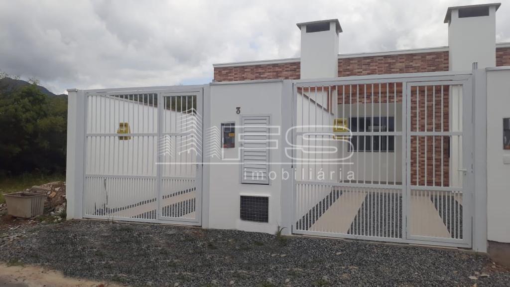Casa com 2 Dormitórios à venda, 62 m² por R$ 289.000,00