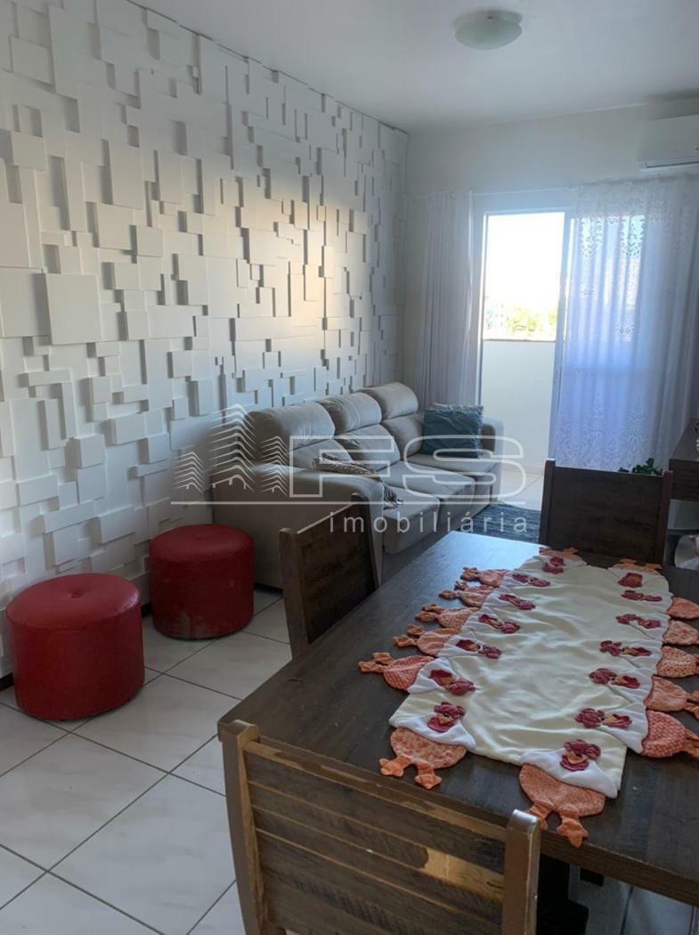 Apartamento com 2 Dormitórios à venda, 52 m² por R$ 290.000,00