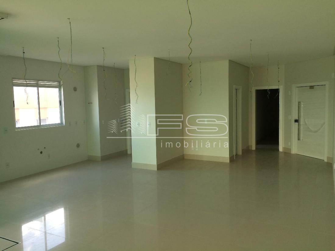 Apartamento com 4 Dormitórios à venda, 240 m² por R$ 2.900.000,00